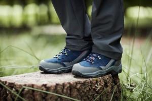 Walking boots vs walking shoes
